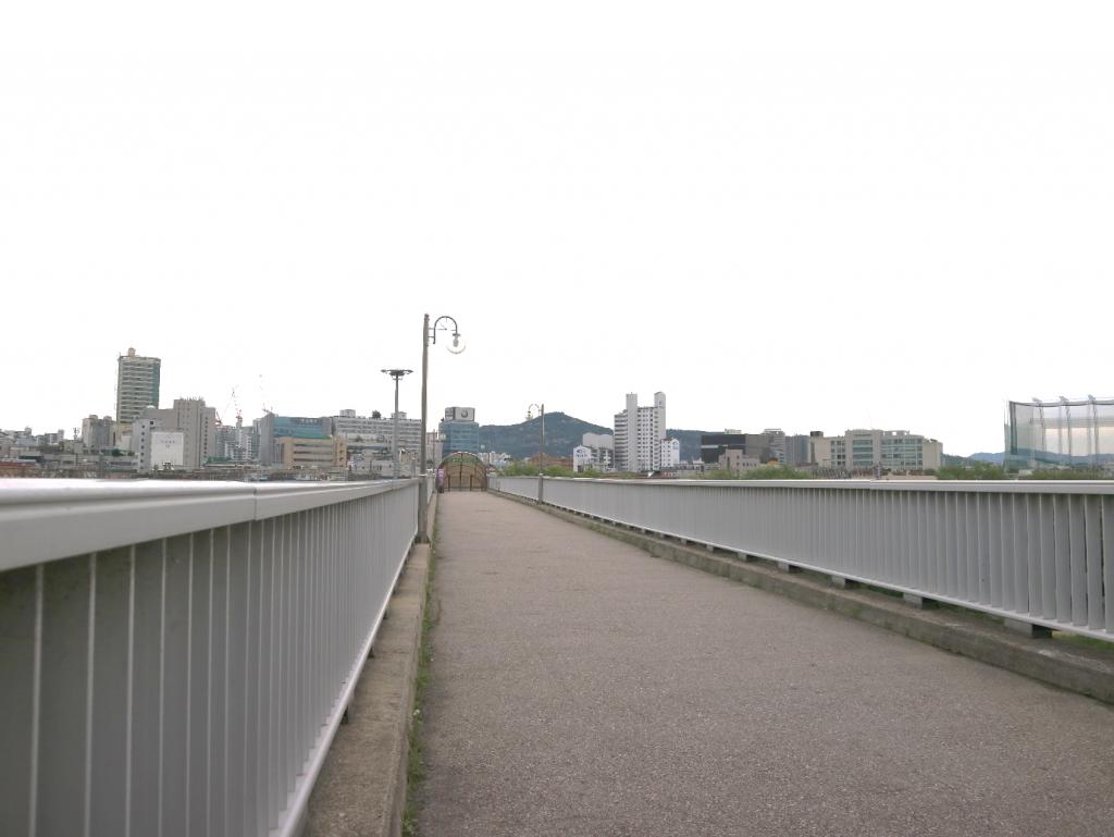 Yongdap Bridge Sunny and Grim Reaper